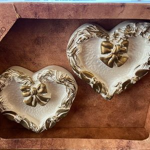 NIB 2 Hand painted hearts by Miller studio